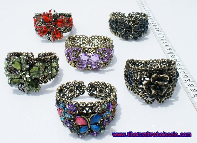 narukvice boja kristali i cvijet