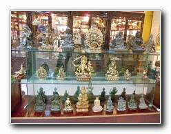 Patung-patung Buddha