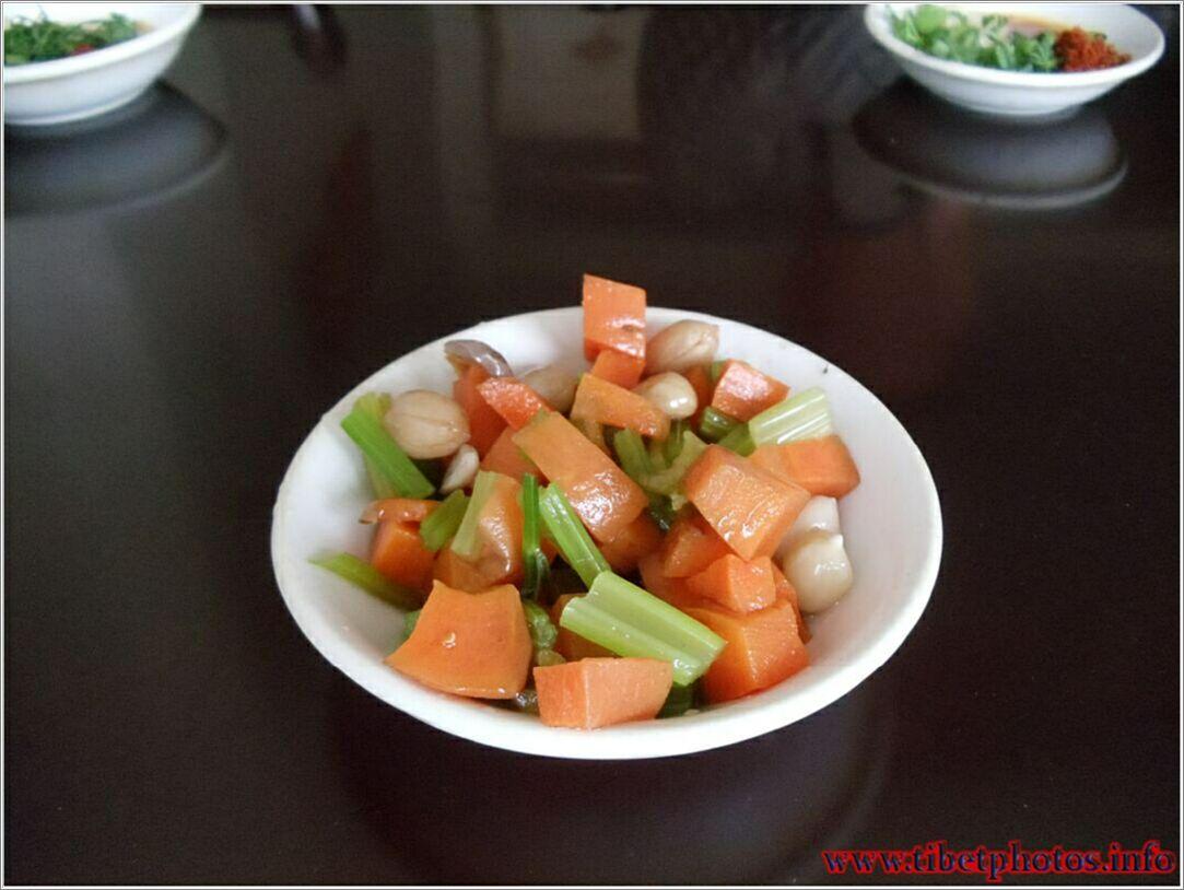 Pagkain ng Tibet, soups, salads, inumin, ang mga larawan ng pagkain ...